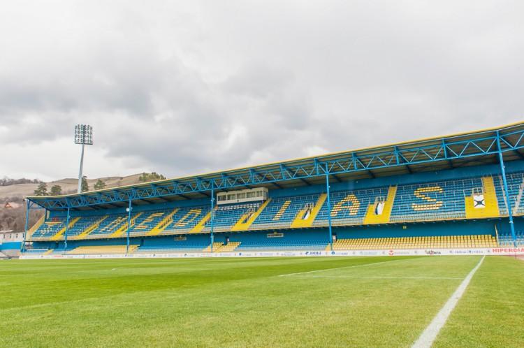 stadion-hale-61